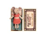 MAILEG Myszka w pudełeczku - starsza siostrzyczka w sukience w kremowe groszki