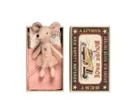 MAILEG Myszka w pudełeczku - młodsza siostrzyczka w spódniczce tutu