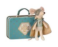 MAILEG Myszka Super Hero z walizką