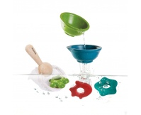 PLAN TOYS Zestaw zabawek do wody z podbierakiem